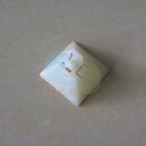 金字塔形塑胶件