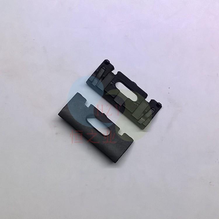 黑色塑胶杂件
