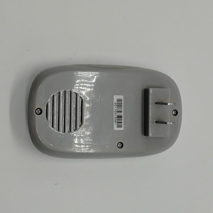 门铃接收器背面